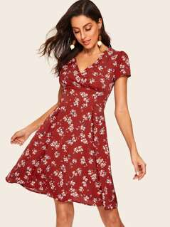 60s V Neck Ditsy Floral Fit & Flare Dress