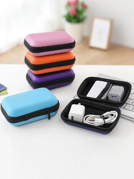 Random Color Earphone Storage Bag 1pc