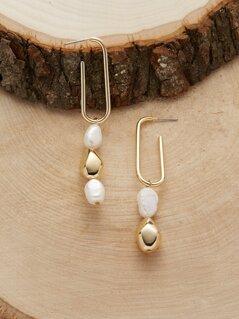 Link And Pearl Detail Dangling Earrings