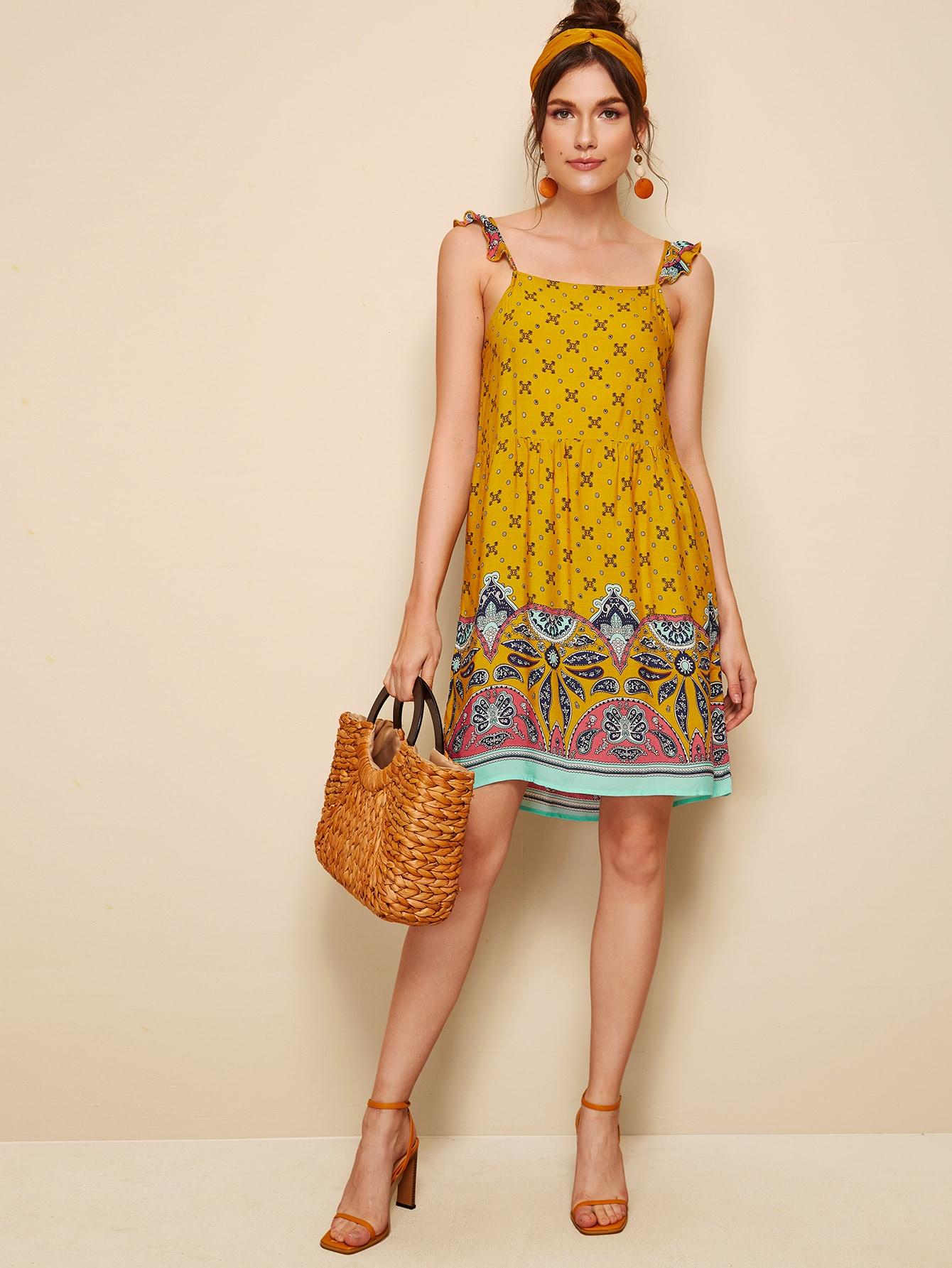 Фото - Платье с принтом пейсли и оборками от SheIn цвет жёлтые