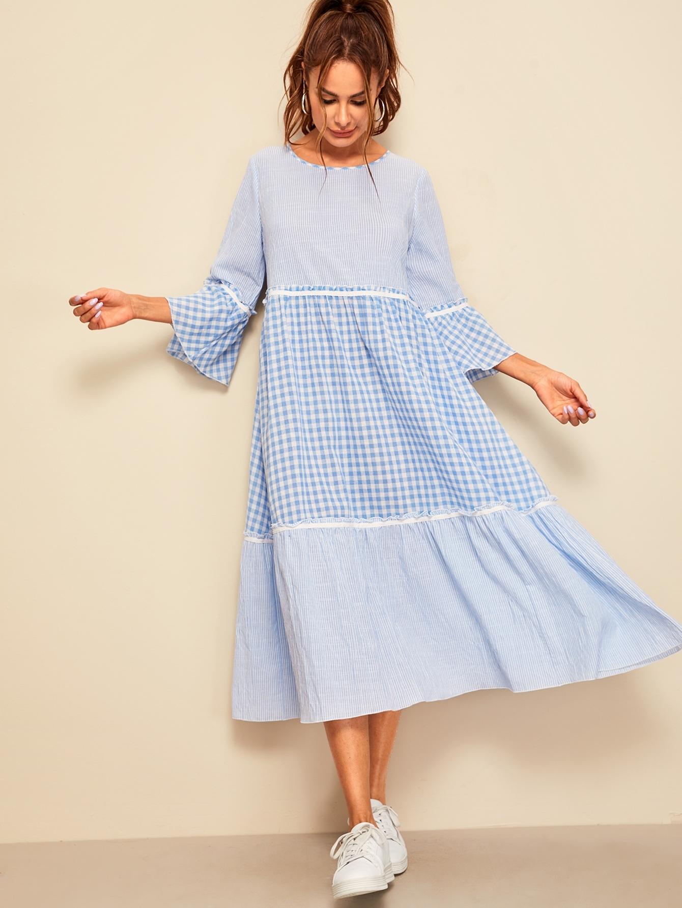 Фото - Полосатое платье в клетку со складной отделкой от SheIn цвет синие