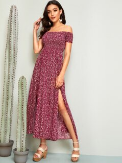 Ditsy Floral M-slit Hem Shirred Dress
