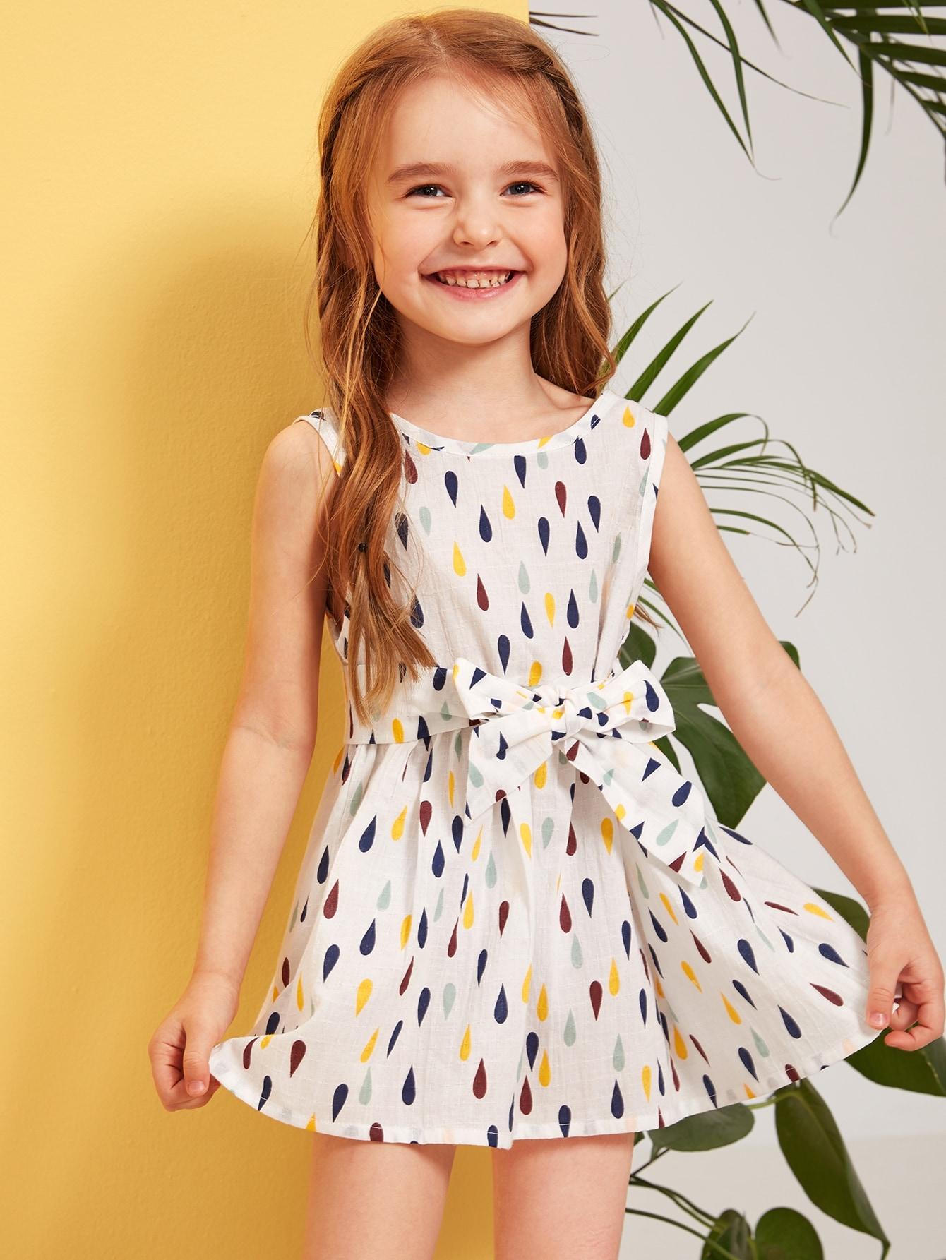 Фото - Платье с разноцветным принтом и поясом для девочек от SheIn цвет белые