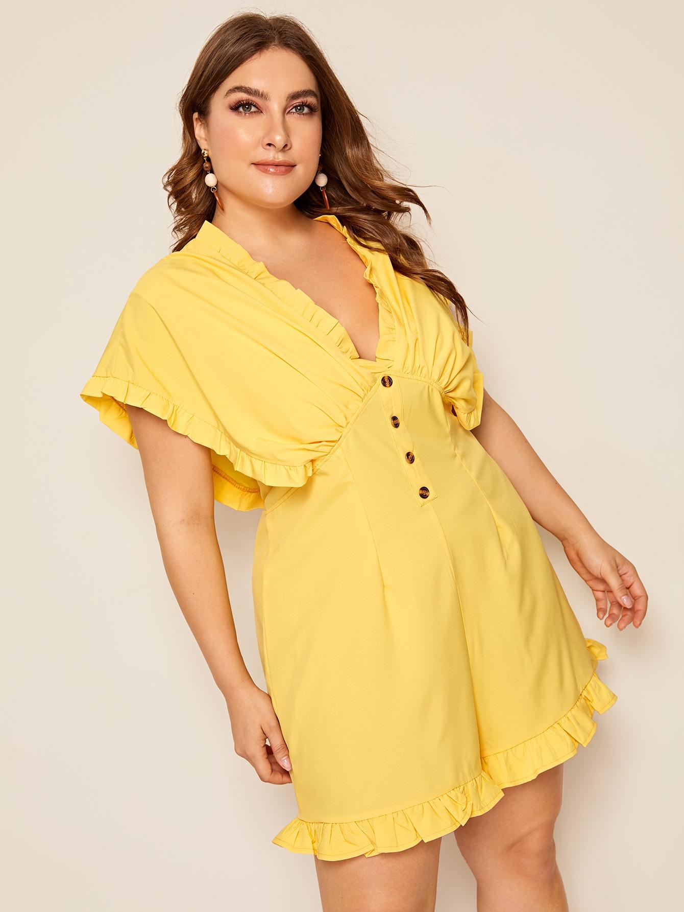 Фото - Комбинезон размера плюс с пуговицами и оборками от SheIn цвет жёлтые