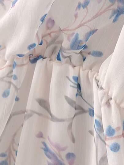 SheIn / Floral Print Ruffle Trim Romper