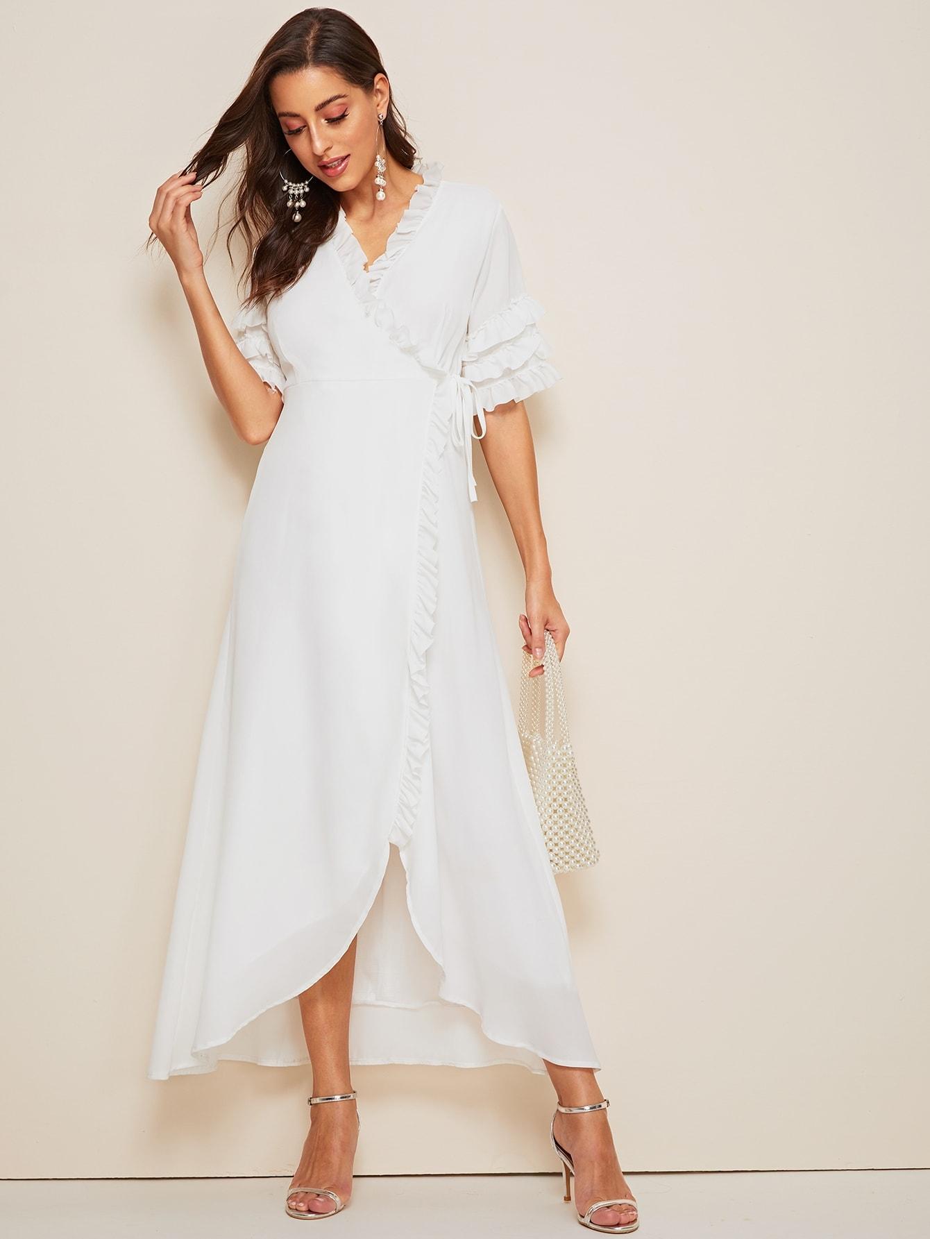 Фото - Платье на запах с оборками и узлом от SheIn цвет белые