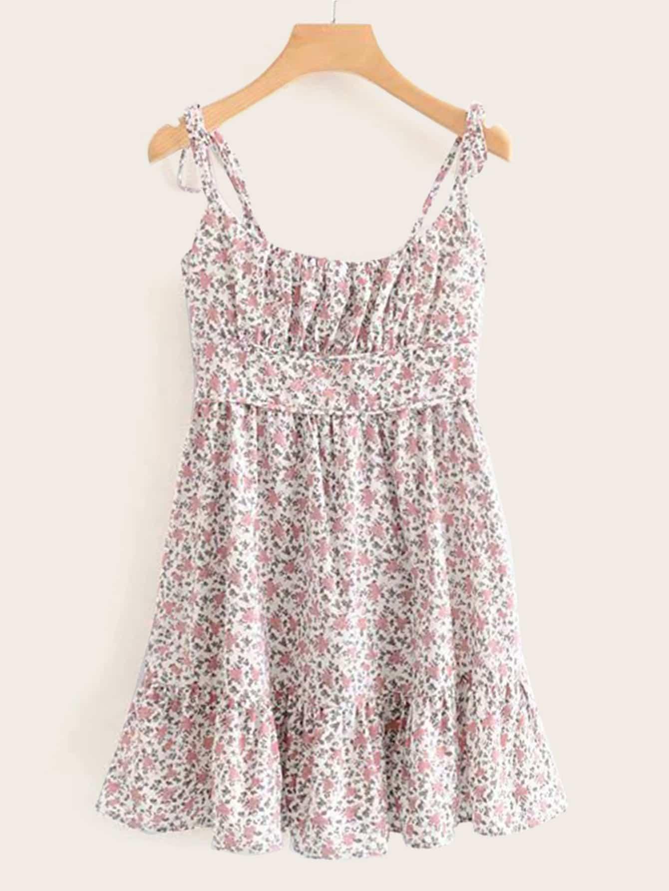 Фото - Цветочное платье на бретелях от SheIn цвет розовые
