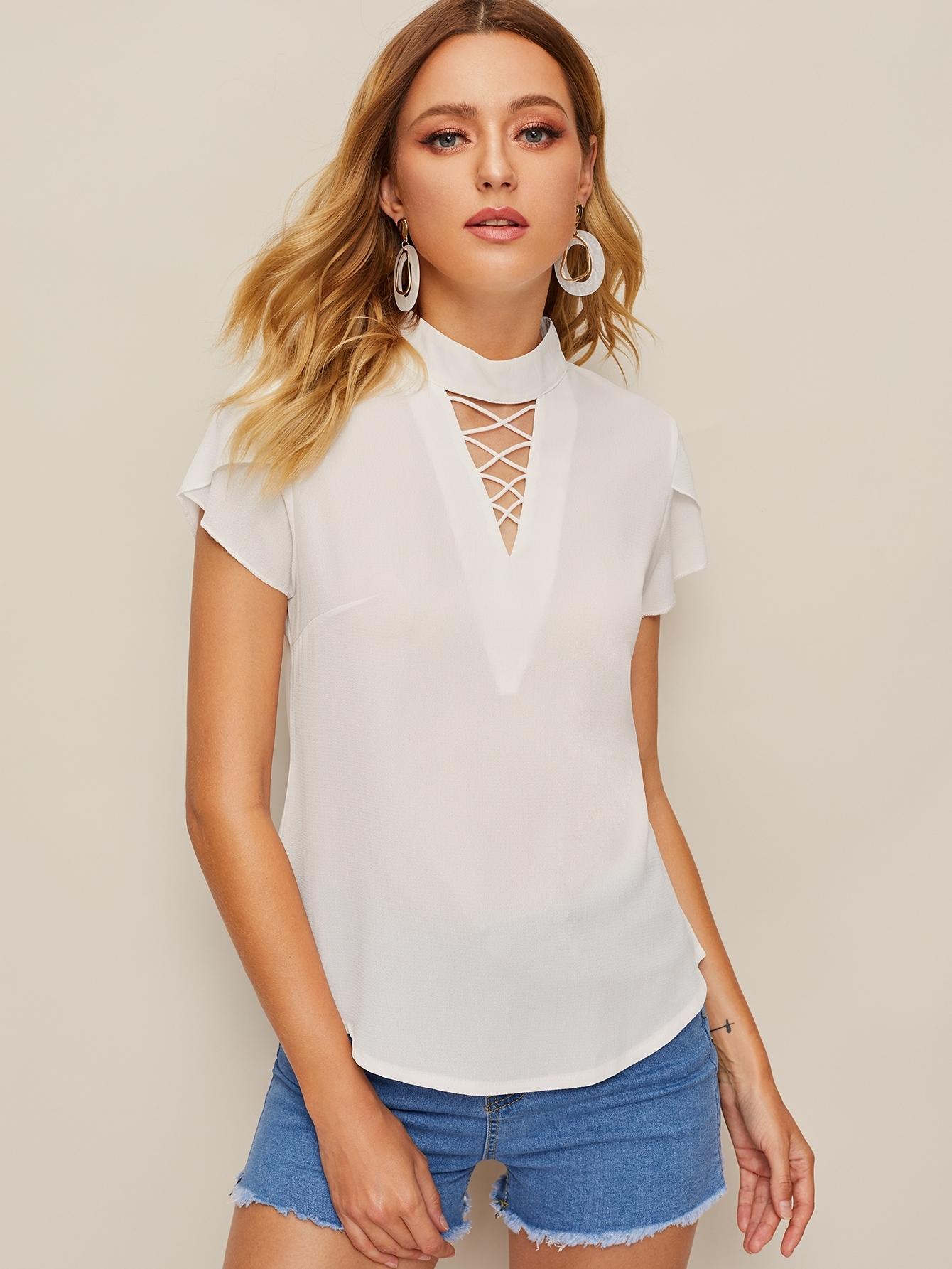 Фото - Блузу с оригинальным рукавом и застежкой сзади от SheIn белого цвета