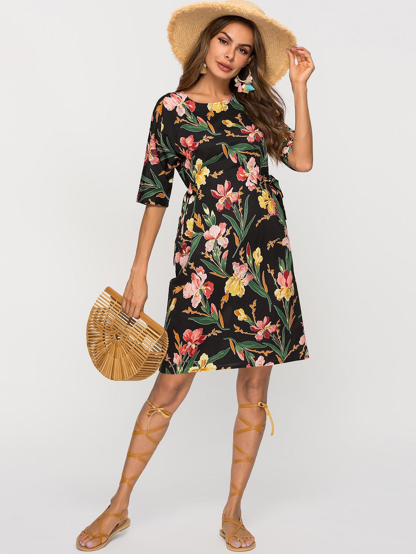 Фото - Платье с цветочным принтом и узлом сбоку от SheIn цвет многоцветный