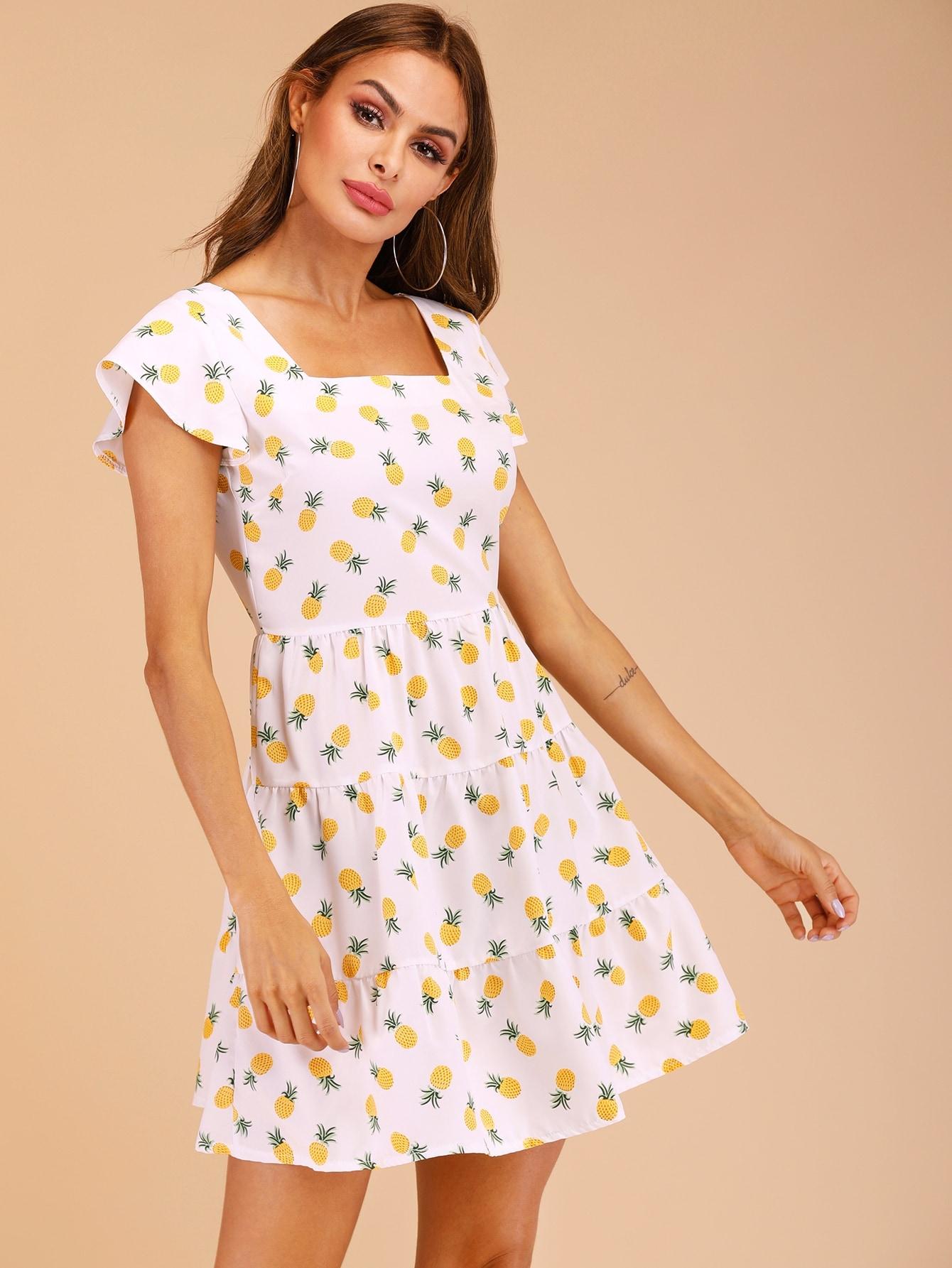 Фото - Платье с ананасовым принтом и оборками от SheIn цвет белые
