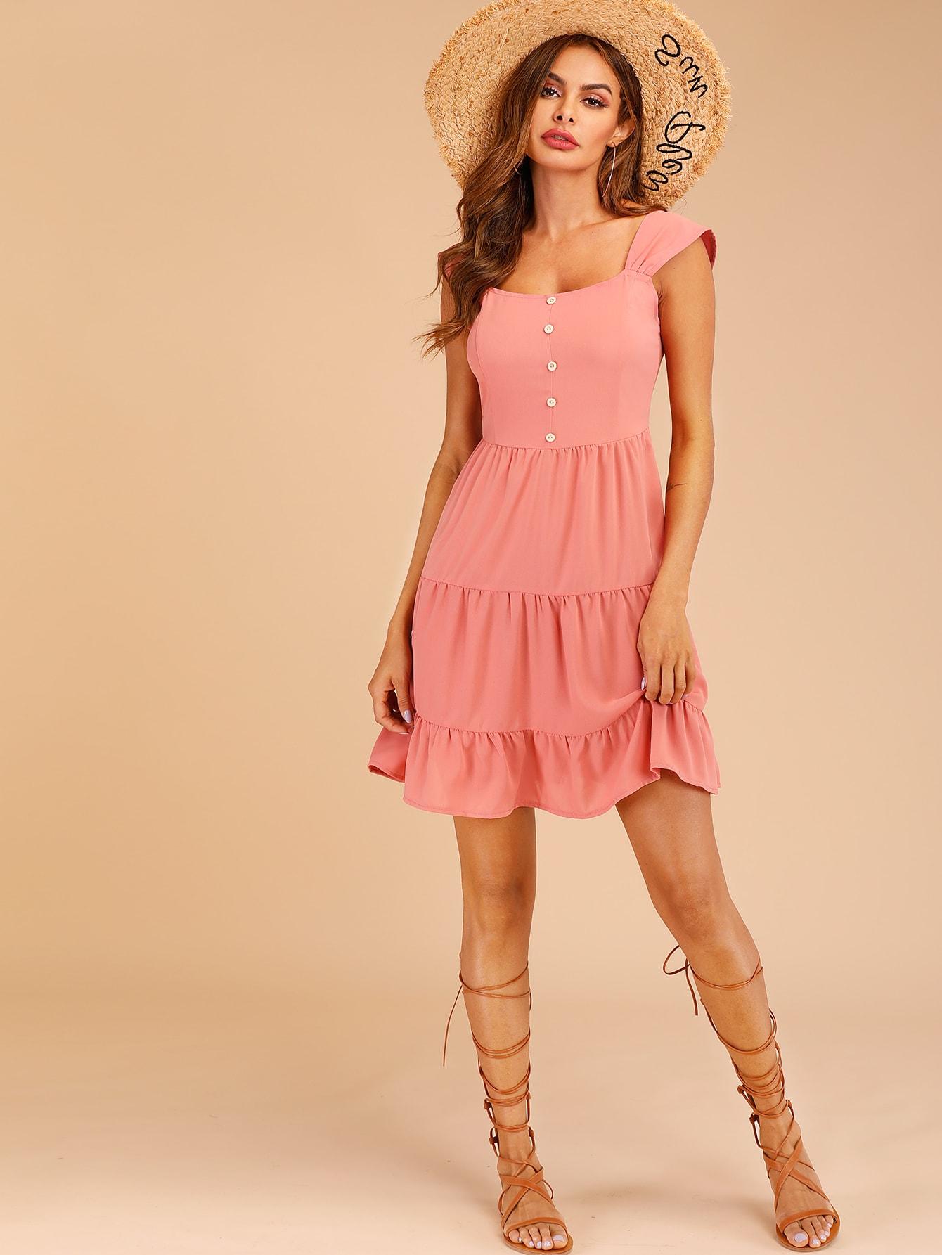 Фото - Платье с пуговицами и оборками от SheIn цвет розовые