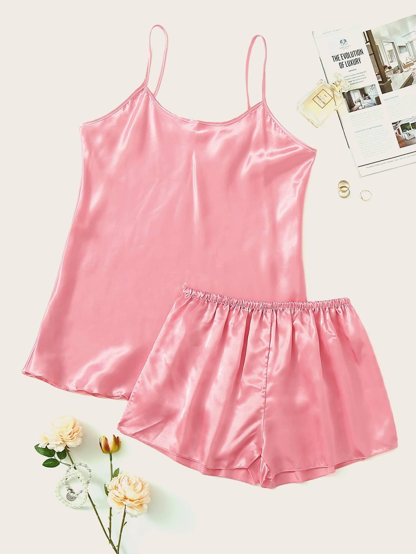 Фото - Атласные пижамы на бретелях от SheIn цвет розовые
