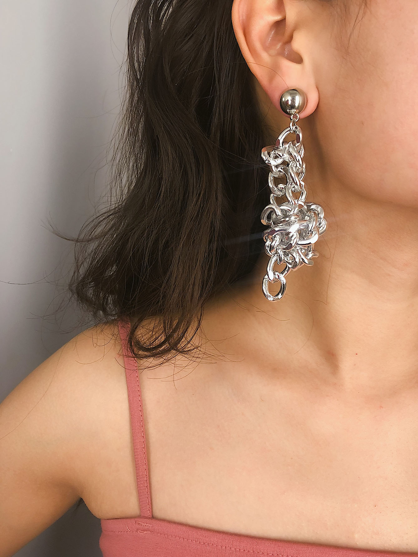 Фото - Серьги с цепочкой 1 пара от SheIn цвет серебряные