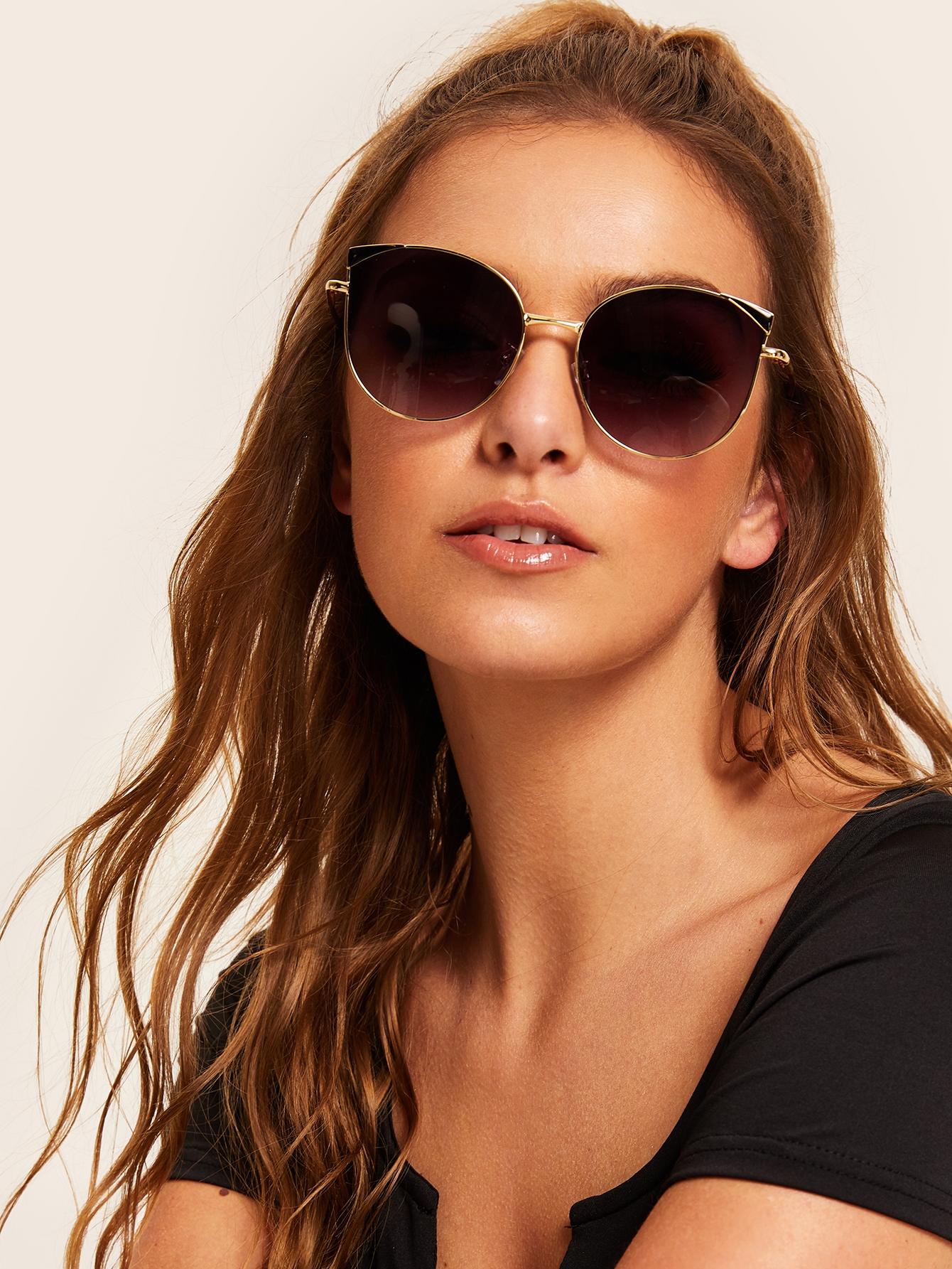 Фото - Солнцезащитные очки с металлической рамкой от SheIn цвет черные