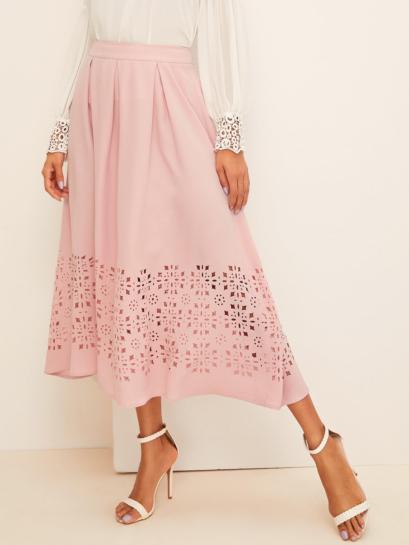Фото - Юбку с кружевом и широким поясом от SheIn розового цвета