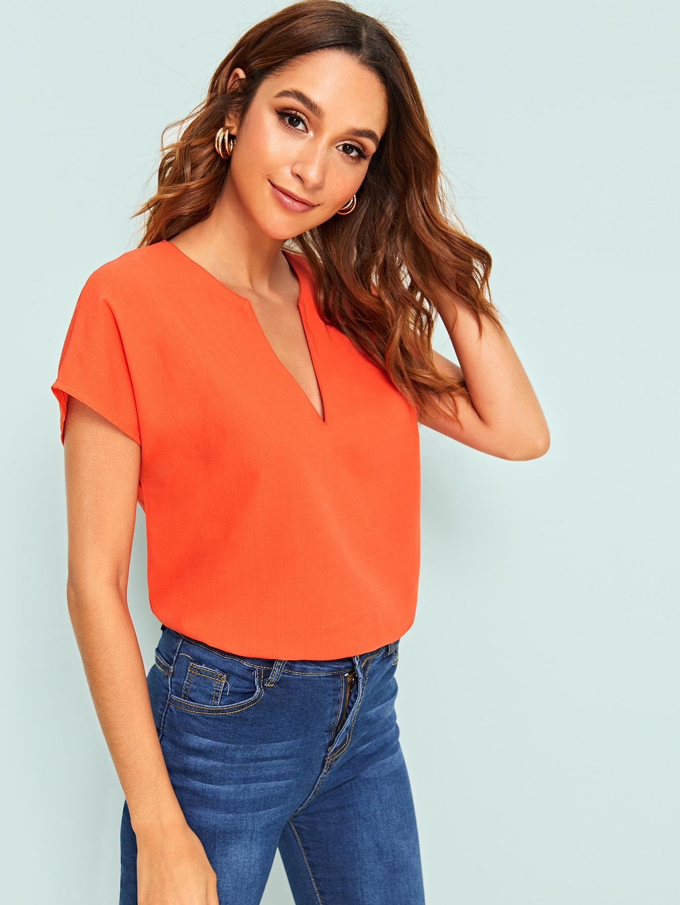 Фото - Однотонная блуза с v-образным вырезом от SheIn оранжевого цвета
