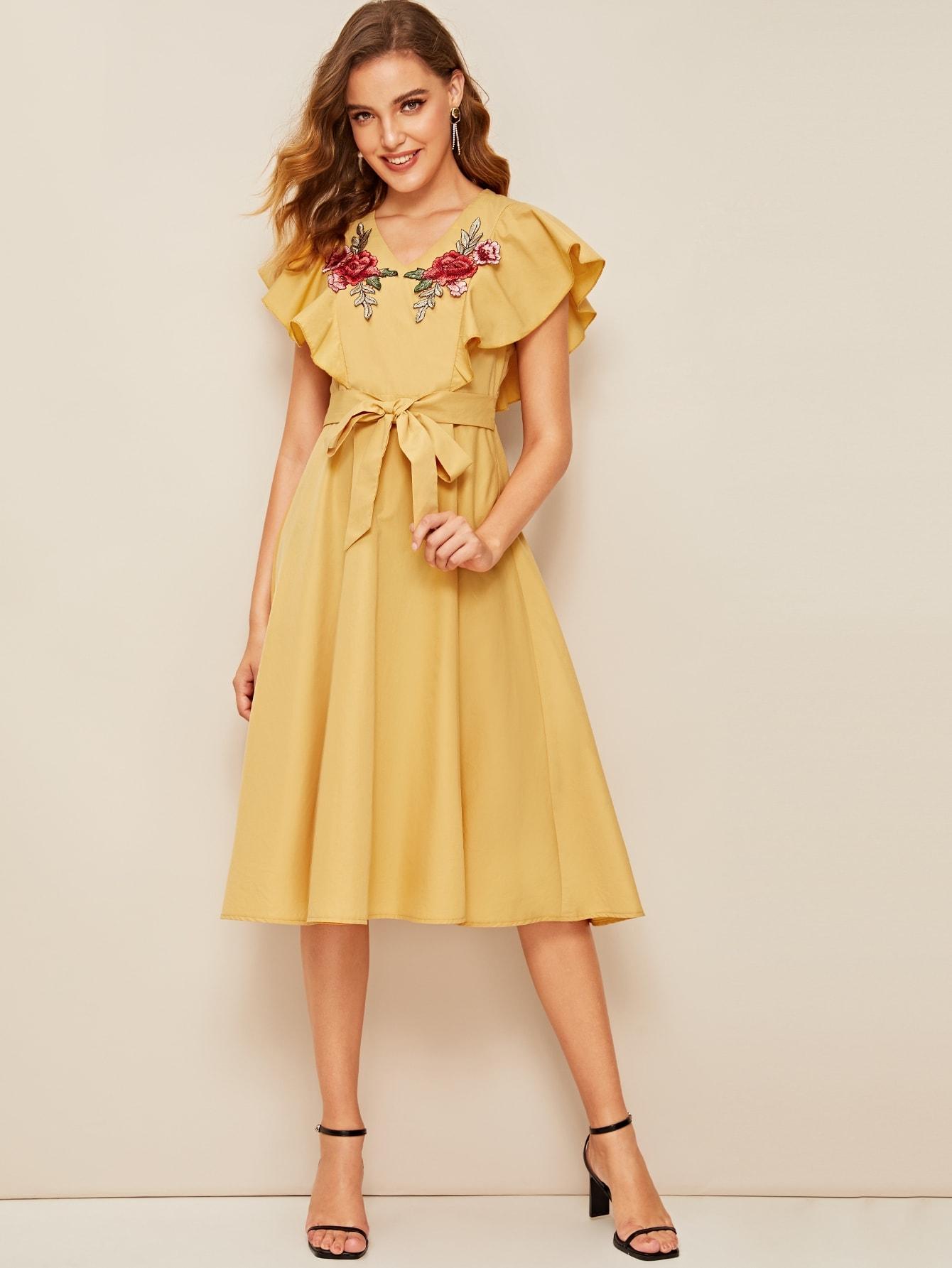 Фото - Платье с цветочной вышивкой и оборкой от SheIn цвет жёлтые