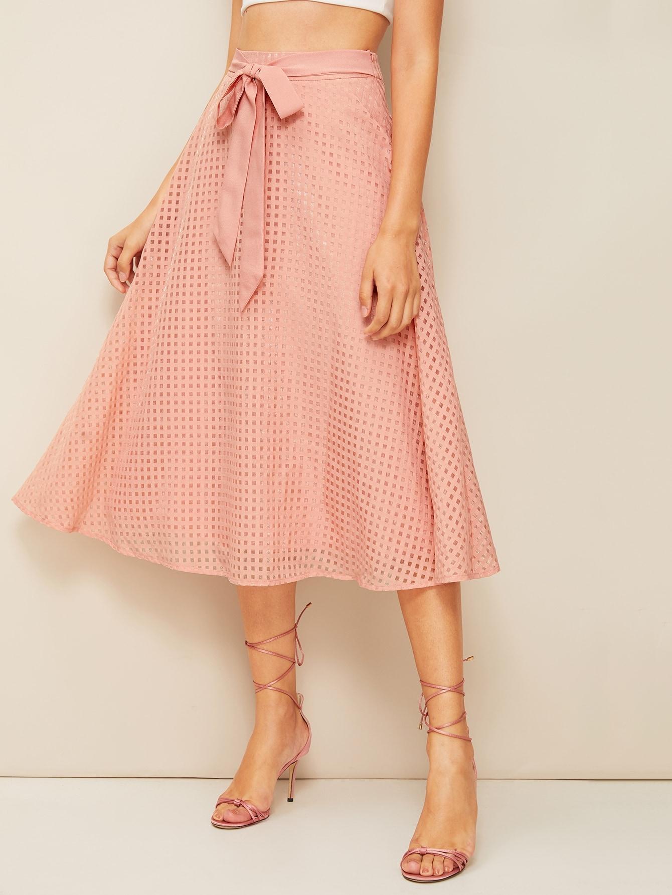 Фото - Металлическая юбка с высокой талией и молнией от SheIn розового цвета
