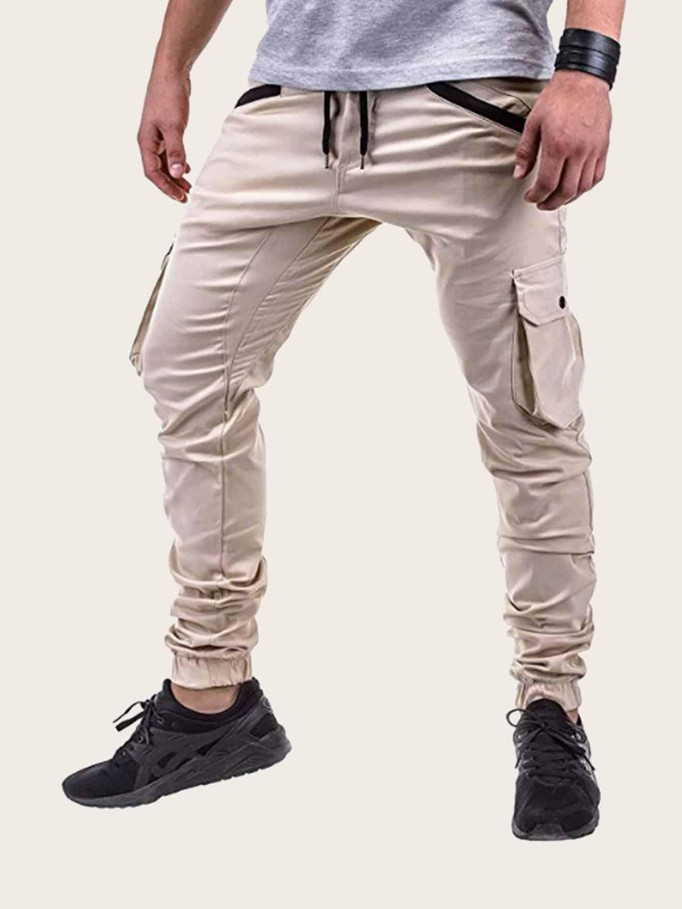 Фото - Мужские джинсы с поясом и карманом сбоку от SheIn цвета хаки