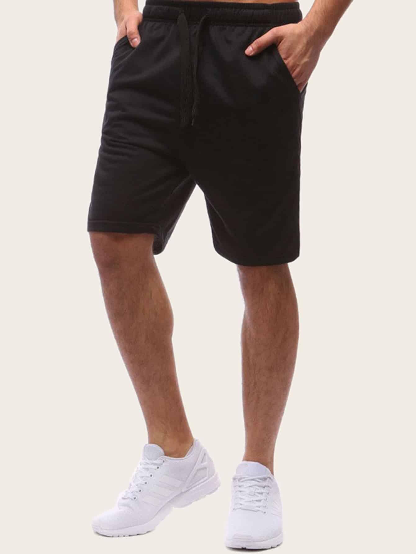 Фото - Мужские шорты с кулиской от SheIn черного цвета