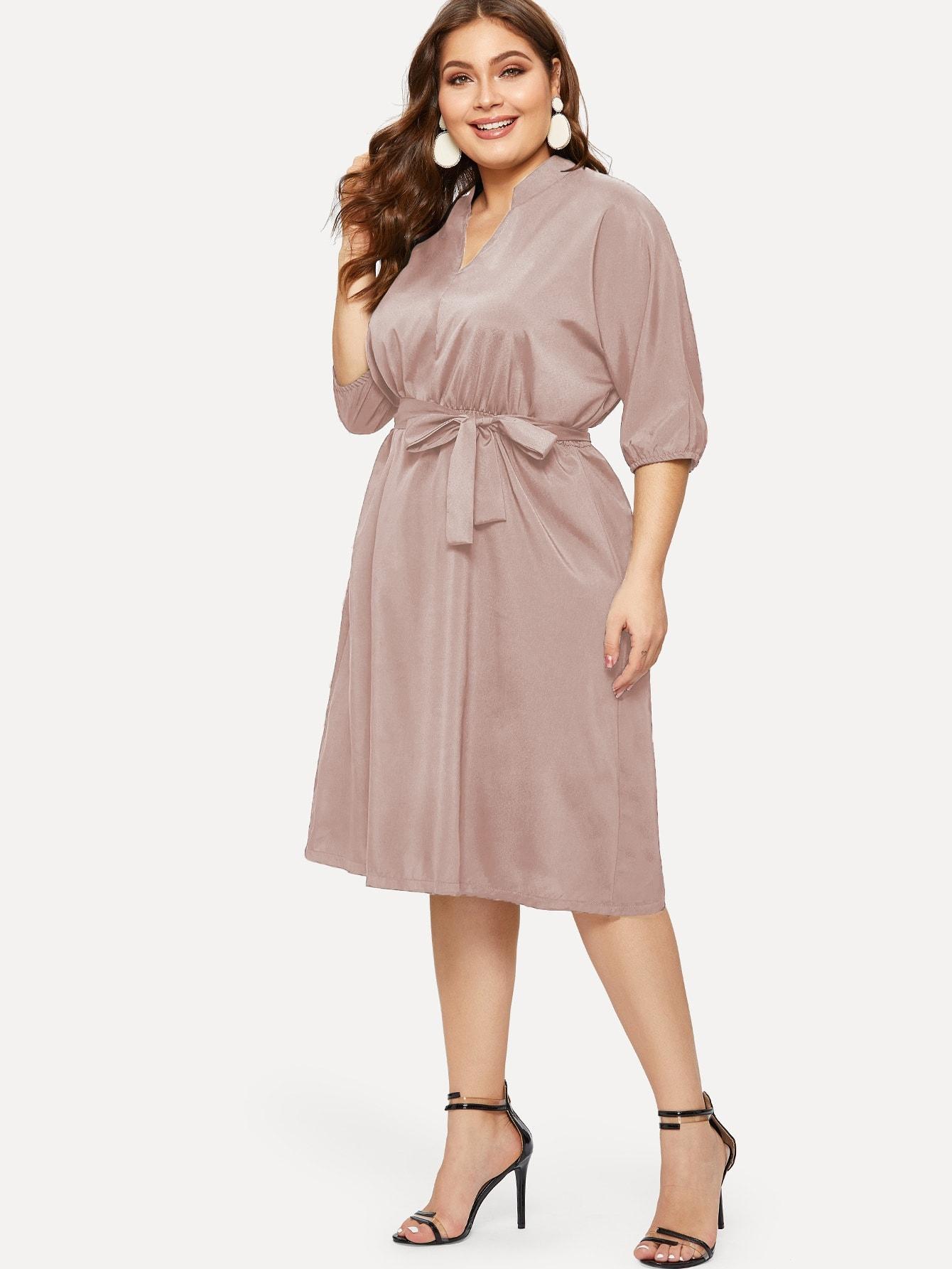 Фото - Платье размера плюс с v-образным вырезом от SheIn цвет розовые