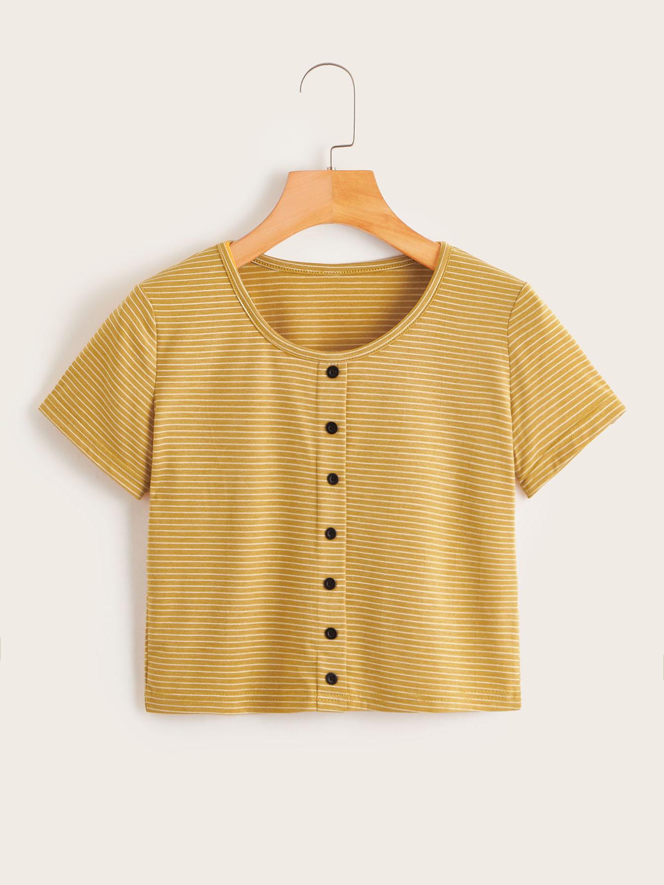 Фото - Полосатая футболка с пуговицами от SheIn цвет жёлтый
