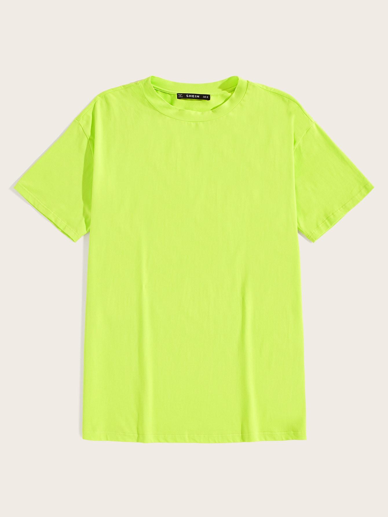 Фото - Мужская футболка цвета неонового лайма от SheIn цвет зелёный