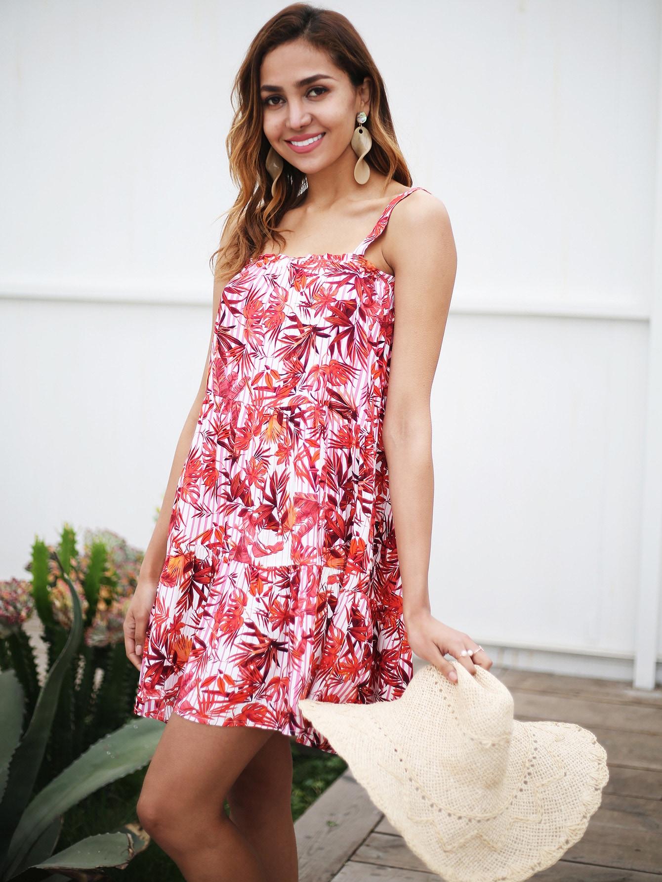 Фото - Асимметричное платье на бретелях с принтом от SheIn цвет многоцветный