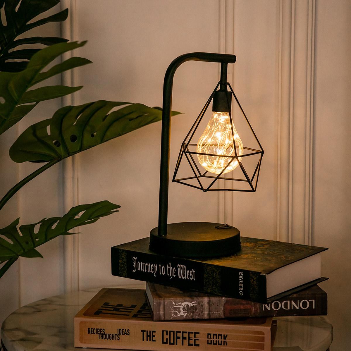 Diamantvormige tafellamp