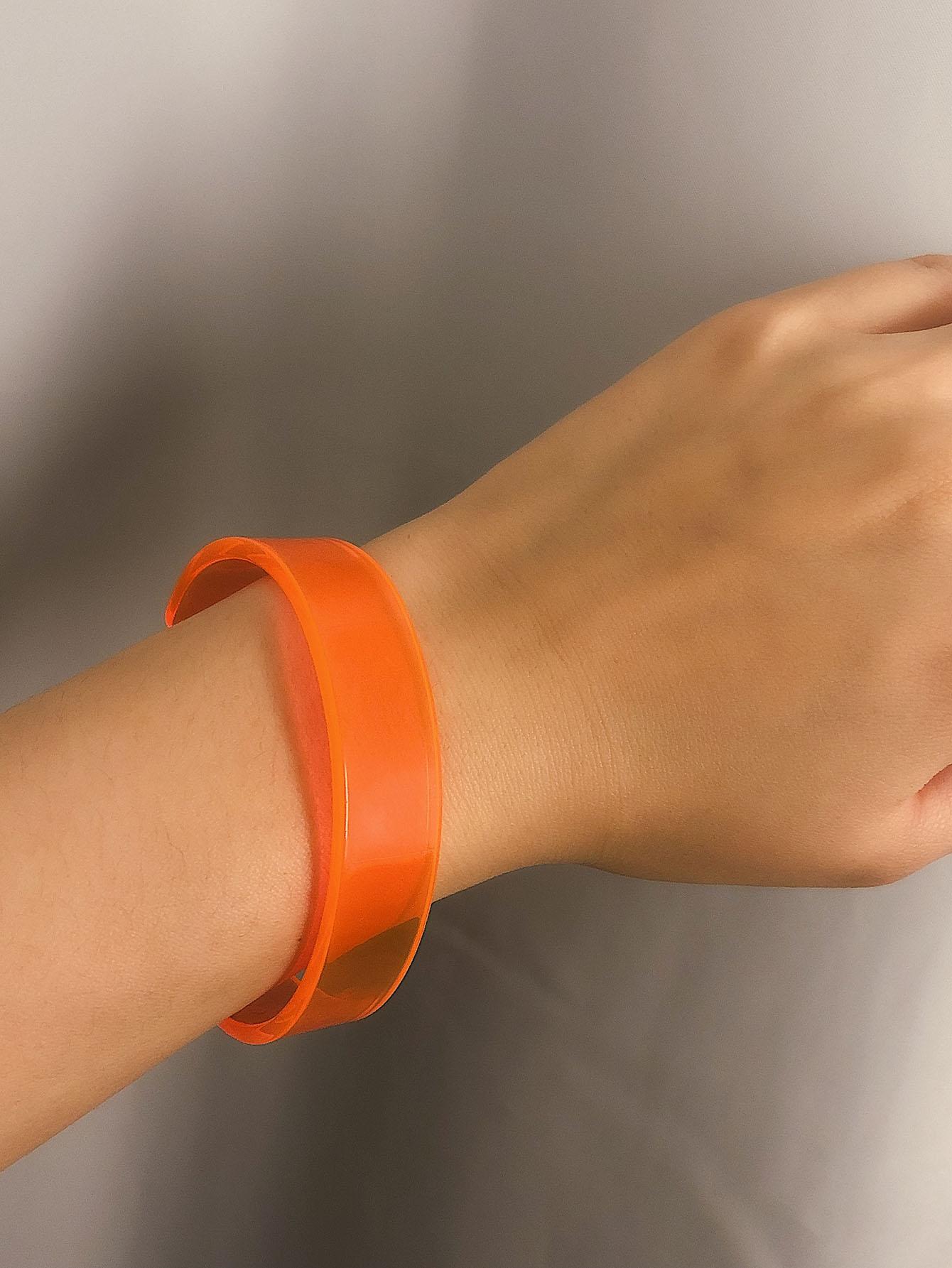 Фото - Простой браслет-манжета 1шт. от SheIn оранжевого цвета