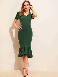 V-neck Puff Sleeve Bodycon Pephem Dress
