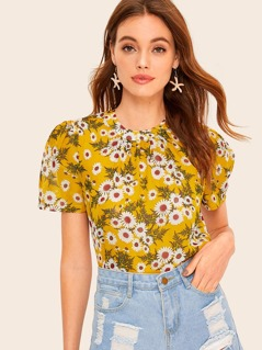 Floral Print Crinkle Detail Puff Sleeve Top