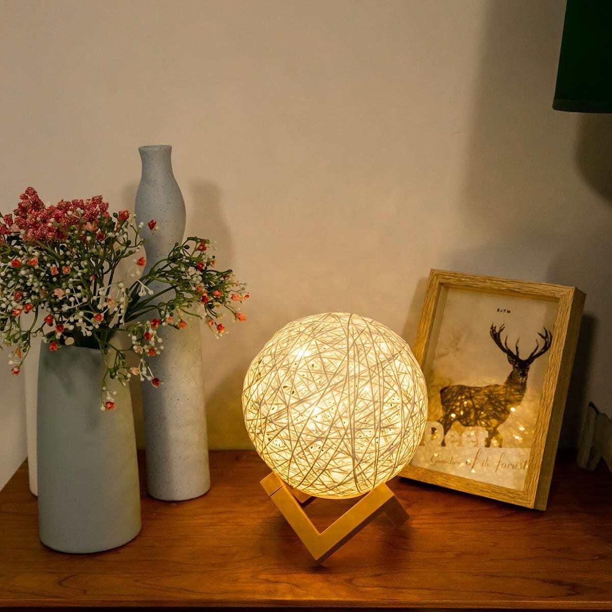 Rotan detail ronde tafellamp