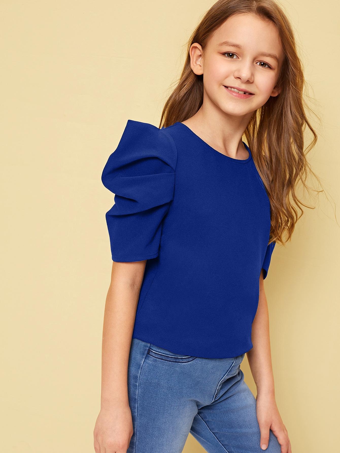 Фото - Однотонный топ с оригинальным рукавом и застежкой сзади для девочек от SheIn синего цвета
