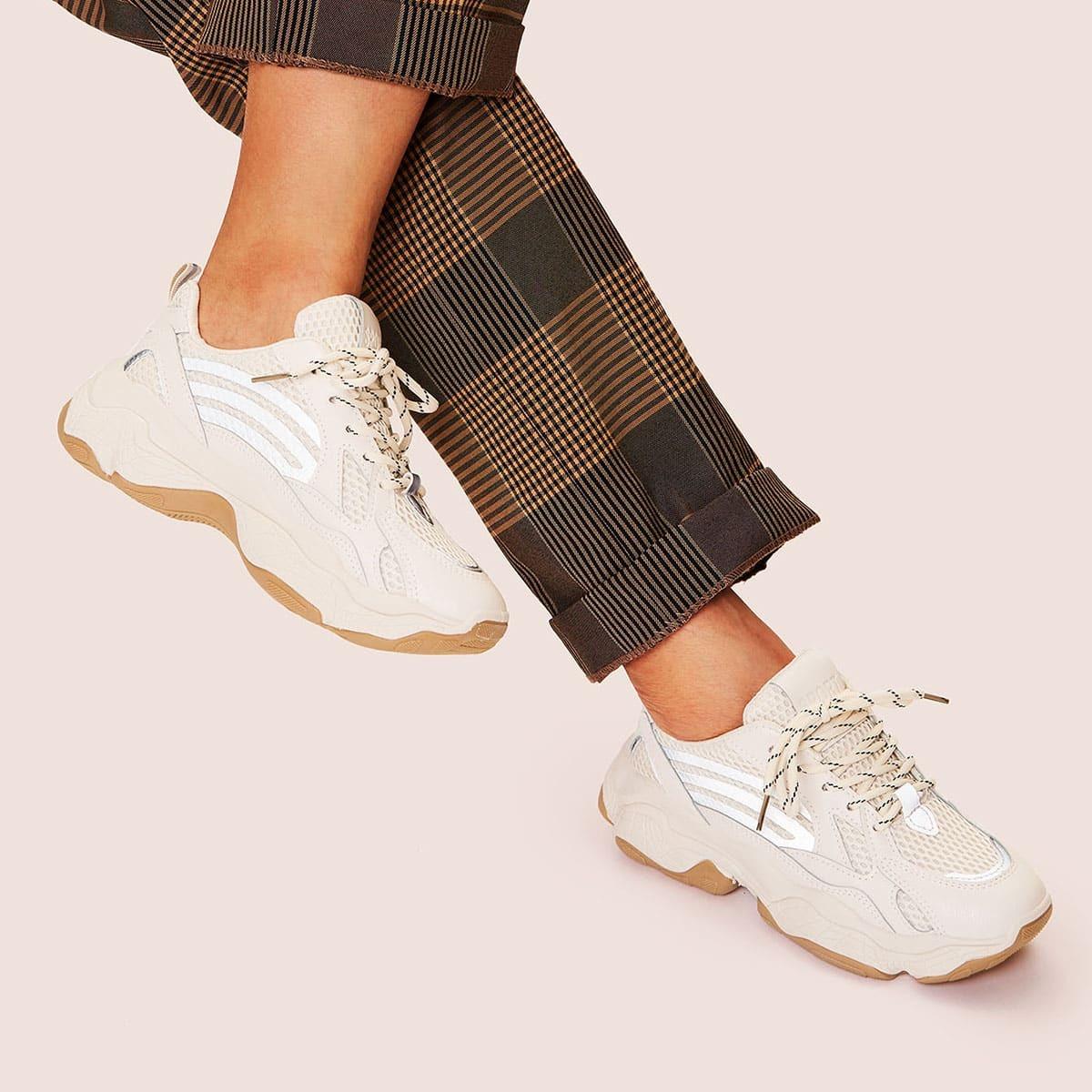 Кроссовки на шнуровке с толстой подошвой от SHEIN