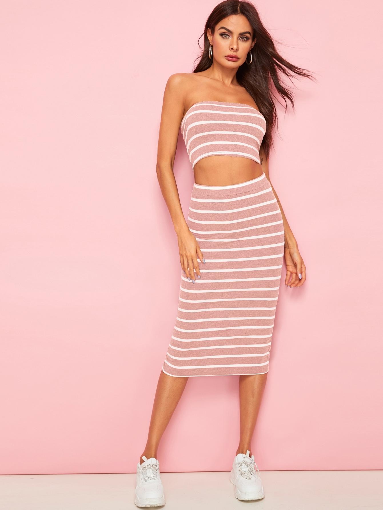 Фото - Полосатые бандо и юбка с разрезом от SheIn розового цвета