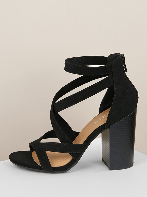 8046d8219e Criss Cross Strappy Open Toe Chunky Heel BLACK | MakeMeChic.COM