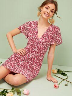Ditsy Floral Flutter Sleeve Tea Dress