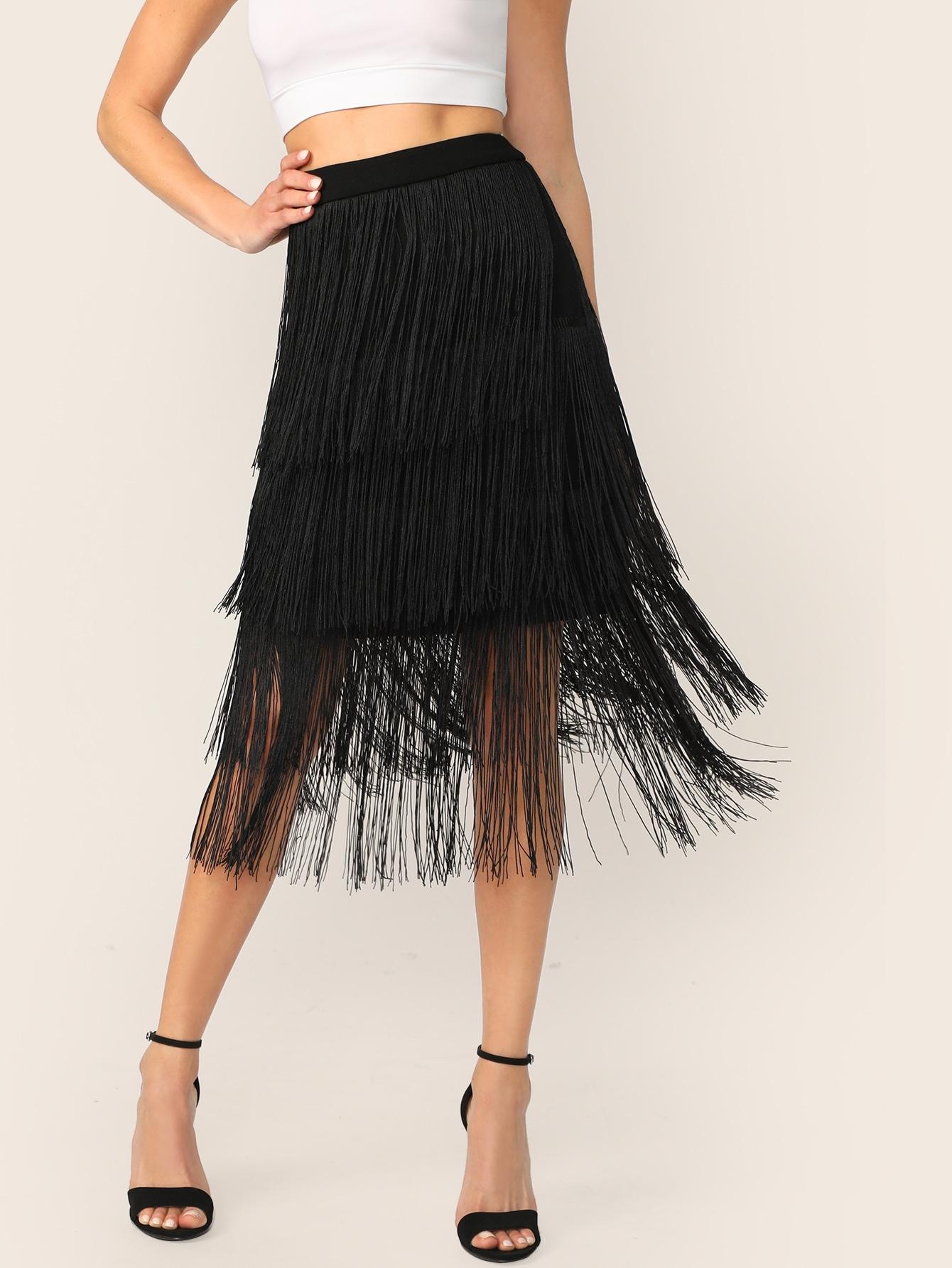 Фото - Юбку с многослойными кисточками от SheIn черного цвета
