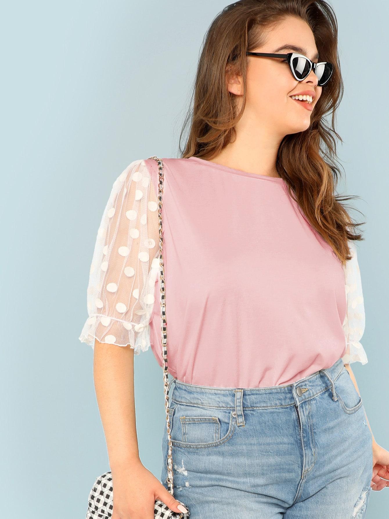 Фото - Топ со сетчатым контрастным рукавом в горошек размера плюс от SheIn цвет розовые