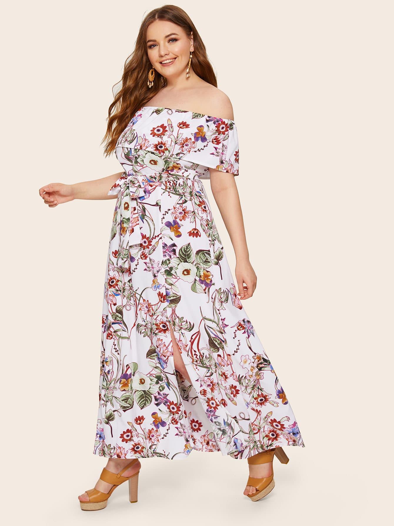 Платье с цветочным принтом и разрезом размера плюс
