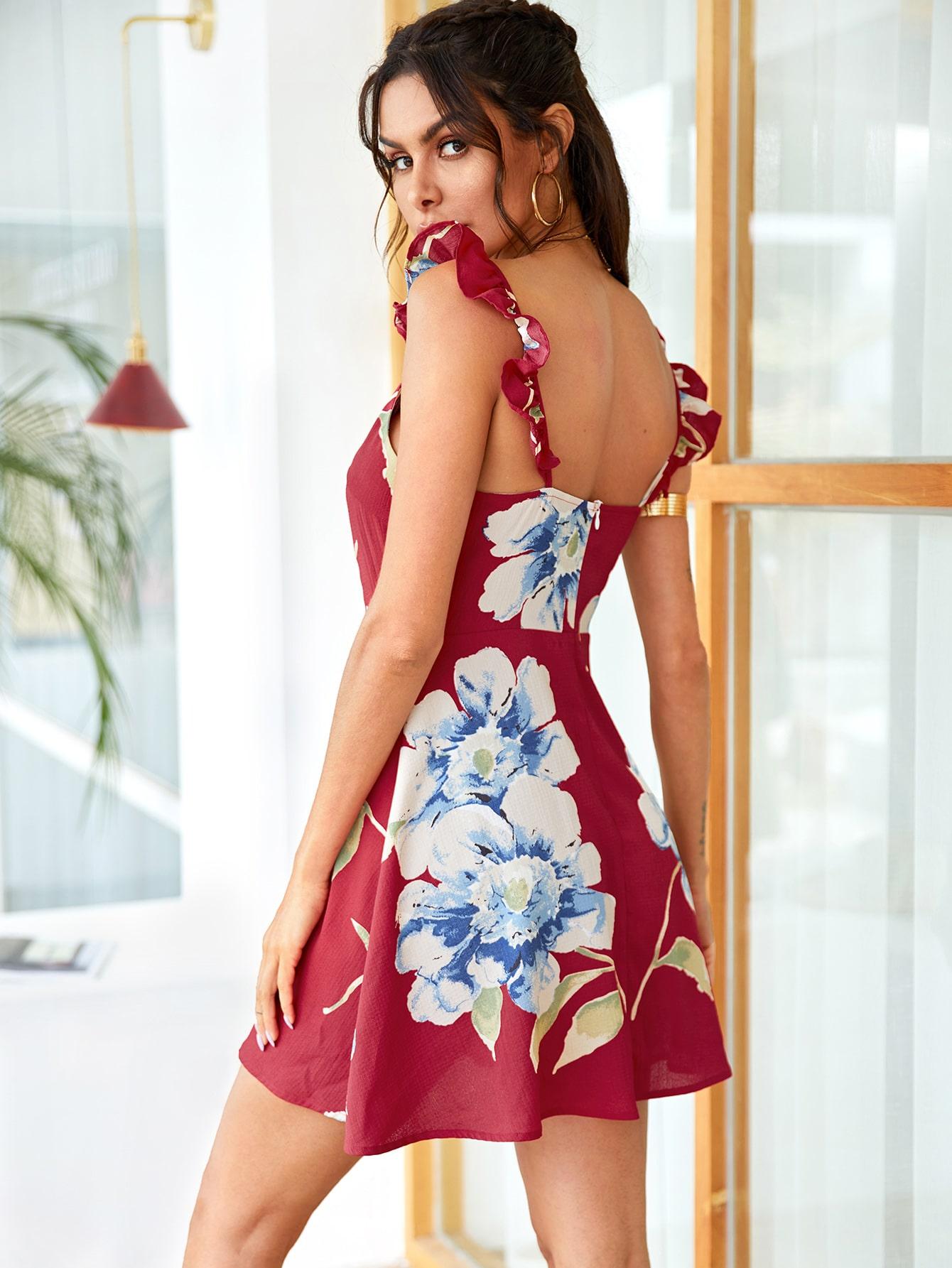 Фото - Цветочное платье с оборками от SheIn цвет бургундия