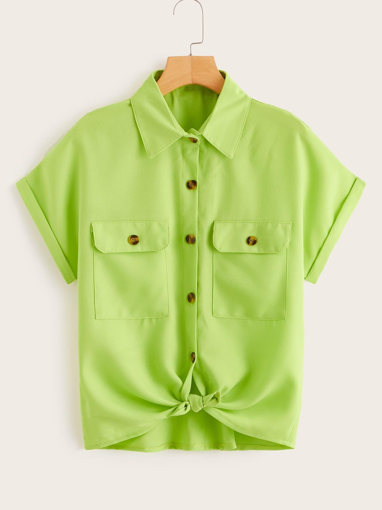 Фото - Блузу с пуговицами и карманом от SheIn зеленого цвета