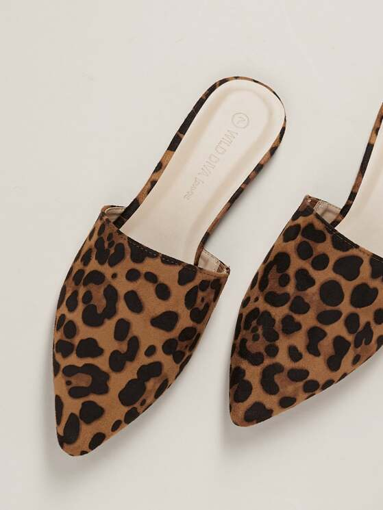 4b49464d45 Pointed Toe Leopard Print Flat Slide Mules