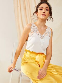 Guipure Lace Insert Solid Top