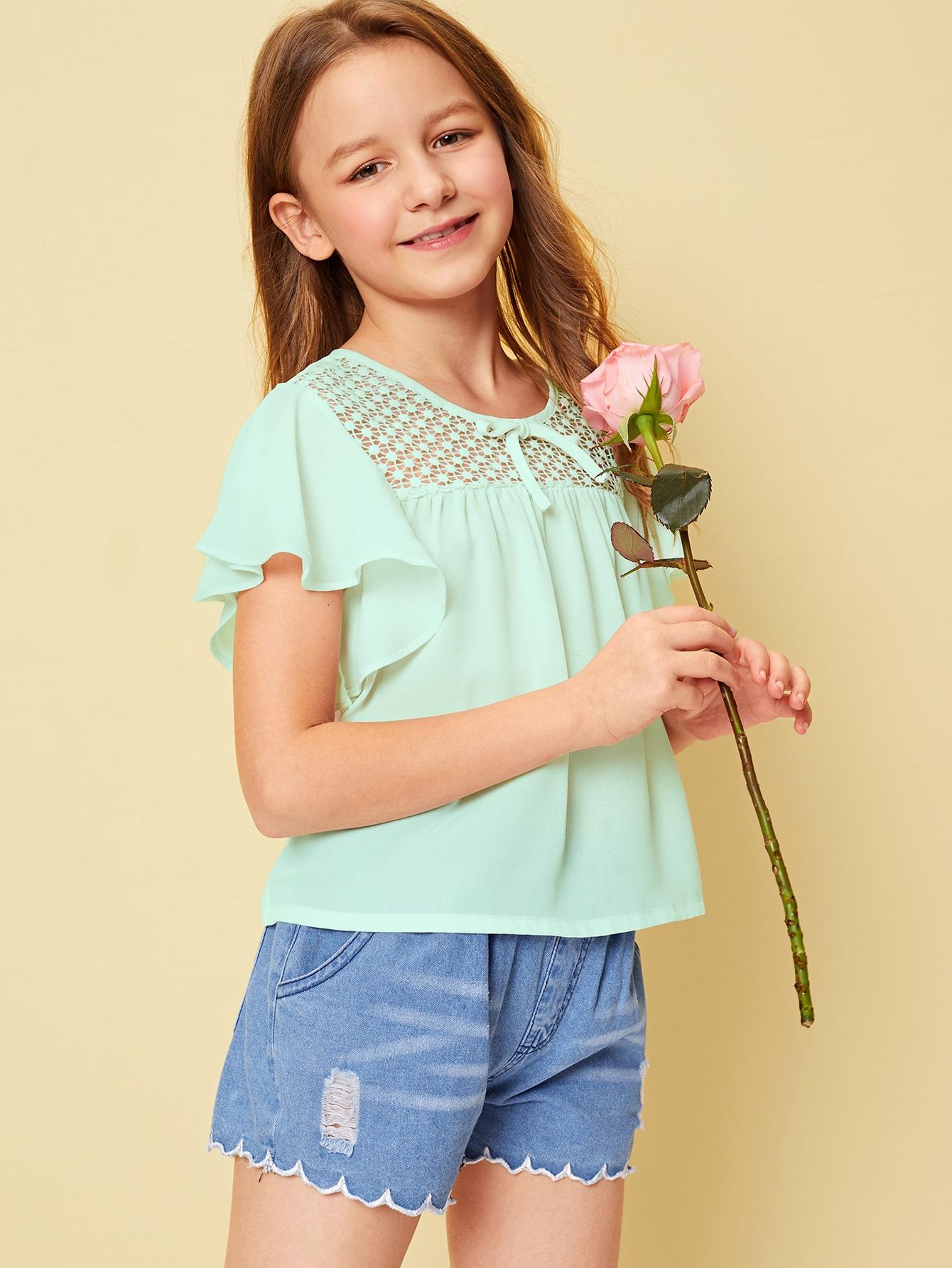 Фото - Топ с кружевом и завязкой для девочек от SheIn зеленого цвета