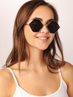 Lips Shaped Metal Rim Flirty Sunglasses