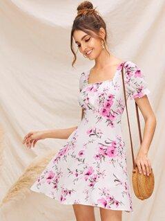 Floral Print Ruffle Cuff Zip Back Dress