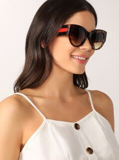 Tortoise Oversize Stripe Detail Arm Sunglasses