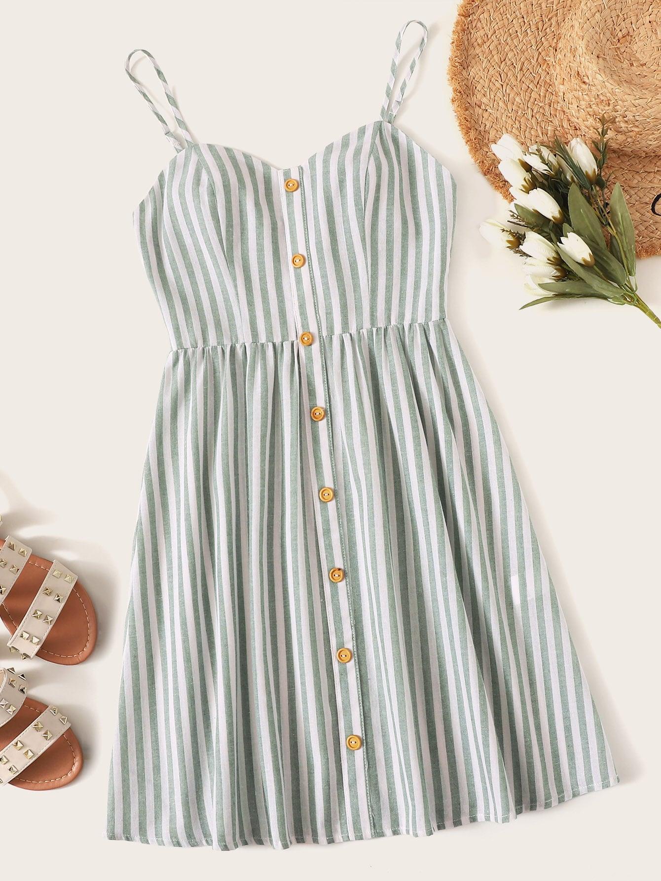 Фото - Полосатое платье с пуговицами от SheIn цвет многоцветный